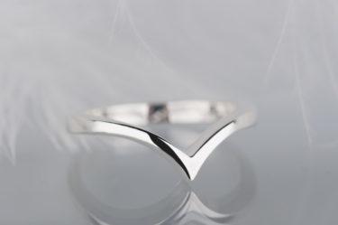 minimalistyczny pierścionek srebrny