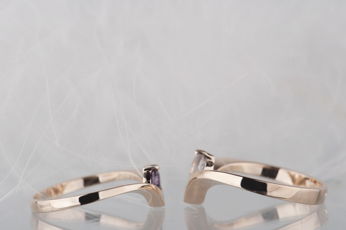 porównanie pierścionków chevron ichevron slim