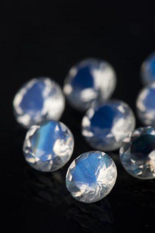 wybór kamienia jako personalizacja biżuterii
